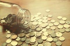 Einsparungsgeld im Glasglas, Konzeptfinanzierung mit Filtereffekt bezüglich Stockfotos