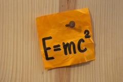 Einstein-Gleichung genagelt Lizenzfreie Stockbilder