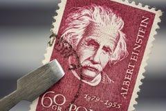 Einstein portret na rocznik poczty znaczku zdjęcie stock