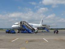 Einstieg Airbusses A320 in Ostrava Lizenzfreie Stockbilder