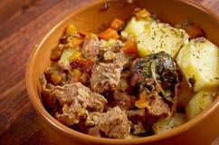 Eintopfgericht mit Karotten und Kartoffeln Lizenzfreie Stockfotos