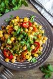 Eintopfgericht mit Kichererbsen und Gemüse Stockbild