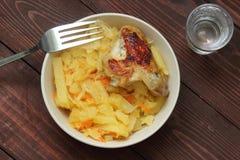 Eintopfgericht von Kartoffeln und von Kohl Lizenzfreie Stockbilder