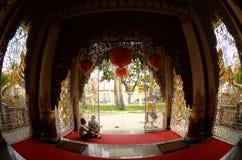 Eintritt zu birmanischem buddhistischem Tempel Dammikarama Lizenzfreie Stockfotos