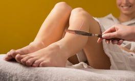 Einwachsen von Behandlung am Badekurort Stockfotografie