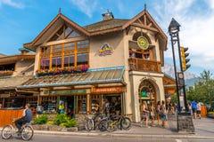 Einzelhandelsgeschäft-Architektur von Banff stockfotografie