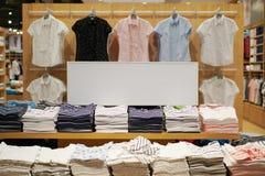 Einzelhandelsgeschäftspeicher der Verkaufszeichenmode Lizenzfreie Stockbilder