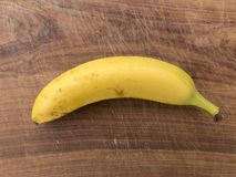 Einzelne Banane Lizenzfreie Stockfotos