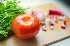 Einzelne Tomate Stockbilder