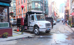 Einzelner Axle Dump Truck Roadworks Lizenzfreie Stockfotos