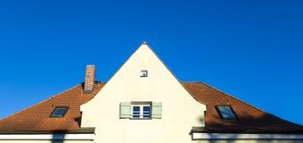 Einzelnes Familien-Haus Stockfoto