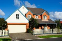 Einzelnes Familienhaus Stockfoto