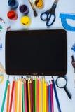 Einzelteile für Schule und Tablette Lizenzfreie Stockfotos