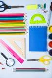Einzelteile für Schule und Tablette Stockfotografie