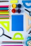 Einzelteile für Schule und Tablette Lizenzfreie Stockbilder