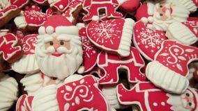 Einzigartige selbst gemachte bunte neue Jahr- und Weihnachtsplätzchen Sammlung, Lebkuchen Lizenzfreie Stockfotografie