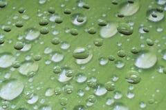 Einzigartige Wassertropfen auf Glas Lizenzfreie Stockbilder