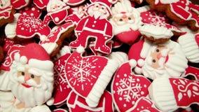 Einzigartiger selbst gemachter neue Jahr- und Weihnachtslebkuchen Stockfotografie