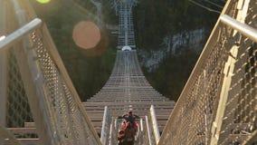 Einzigartiges SKYPARK AJ Hackett Sochi, Ahshtyrskaya-Schlucht im Mzymta River Valley stock video