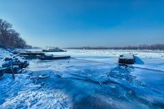Eis auf Donau Stockbild