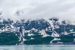 Eis fließt hinunter alaskischen Berg Lizenzfreie Stockfotografie