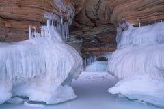 Eis-Höhle lizenzfreie stockfotos