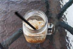 Eis-Kaffee auf dem Tisch Lizenzfreies Stockfoto