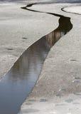 Eis-Loch auf dem Fluss Lizenzfreies Stockfoto