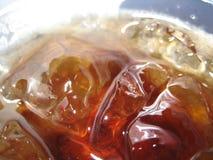 Eis-Würfel im Knall Stockfoto