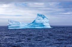 Eisberg sphynx in der Antarktis Stockbild