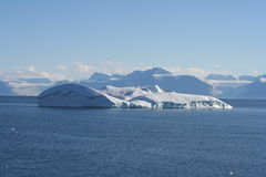 Eisberg vor Grönland Lizenzfreie Stockfotos