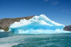 Eisberge, die in den Atlantik, Grönland schwimmen lizenzfreie stockbilder