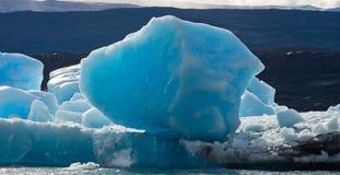 Eisberge im Wasser, der Gletscher Perito Moreno argentinien Lizenzfreies Stockbild