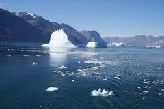 Eisberge vor Grönland Stockbilder