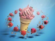 Eiscreme mit Himbeeren und Schokolade zerkrümelt in einer Waffelschale stockfotografie