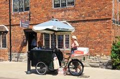 Eiscremeverkäufer, Stratford-nach-Avon stockbild