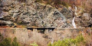 Eisenbahn-Brückenüberfahrt lizenzfreie stockfotos