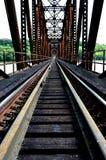 Eisenbahn-Brücken-Perspektive Stockfotografie