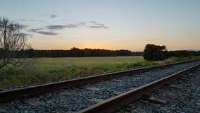 Eisenbahn an der Dämmerung Lizenzfreies Stockbild