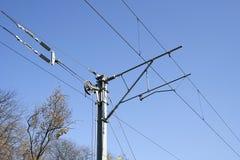 Eisenbahn elektrifizierter Pfosten Stockbild
