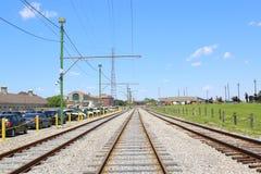Eisenbahn für Laufkatzenstraßenbahn in New Orleans, Louisiana Lizenzfreie Stockfotos