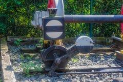 Eisenbahn, manuelles Beteiligungssignal Stockbild