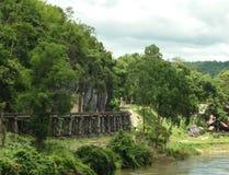 Eisenbahn in Thailand-Berg Lizenzfreie Stockfotos