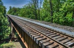 Eisenbahn, Watkins Glen Bridge stockfotos