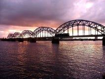 Eisenbahnbrücke. stockfotos
