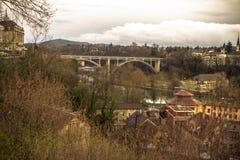 Eisenbahnbrücke in Bern Stockfotografie