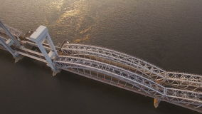 Eisenbahnbrücke Finnlands über Neva River stock video