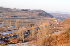 Eisenbahnen durch Berge Lizenzfreies Stockbild
