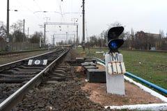 Eisenbahnlinie und semaphor Lizenzfreie Stockbilder