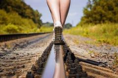 Eisenbahnschienenfüße Stockfotos